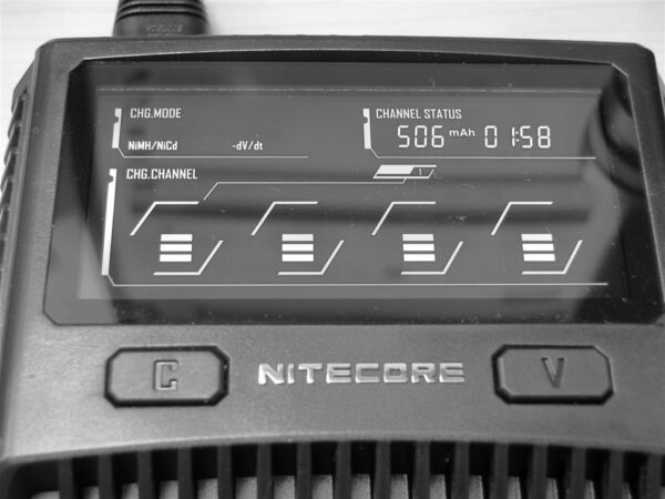 Nitecore-SC4-Charger-4-available-in-pakistan-by_karachivapers
